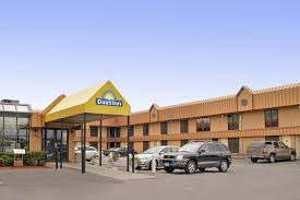 hotels near light rail minneapolis days inn by wyndham st paul minneapolis midway saint paul hotels