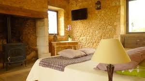 bed breakfast aux fontaines d eyvigues bed breakfast salignac