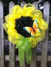 Sunflower Mesh Wreath Blue Deco Mesh Flower With Bee Craftoutlet Com Photo Contest