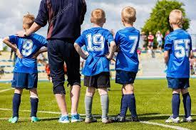 panchina di calcio calcio calcio gioco di corrispondenza per i bambini squadra