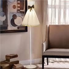 Jeeves Table Lamp Elegante Stehlampe Mit Stative Gestell Trommel Design Design