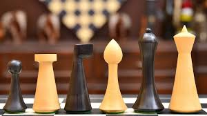 combo of minimalist hermann ohme chess set in dyed boxwood u0026 box