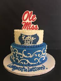 graduation cakes graduation cakes suzybeez cakez n sweetz