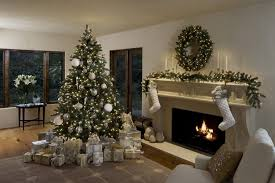 Winter White Christmas Decorations by 3 Stylish Ways To Decorate Your Holiday Mantel