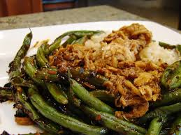 thanksgiving soy curls with vegan vegan meat substitutes you must try peta2