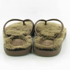 ugg boots sale uk size 5 ugg fluffie toe post sandals in chocolate