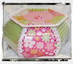 tiramisue vintage style hanky box