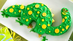 dinosaur cake dinosaur cake recipe bettycrocker