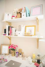 how to decorate a desk decorating desks dayri me