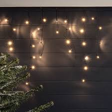 tolga 300 warm white led icicle lights 7m lights4fun co uk