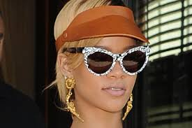 rihanna earrings bangin rihanna gives gun earrings a daily
