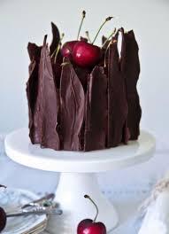 white chocolate cake recipe shard wedding cakes chocolate shards 5000 simple wedding cakes