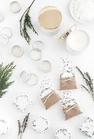 25 fun diy christmas gifts for neighbors inexpensive christmas gifts