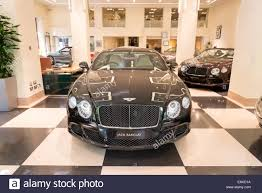 bentley burgundy bentley stock photos u0026 bentley stock images alamy