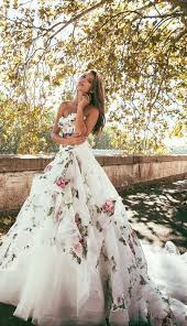 floral wedding dresses best 25 printed wedding dress ideas on floral gown