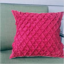 the best handmade pillow tutorials out there