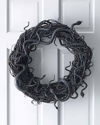 How To Make Halloween Wreaths by Wriggling Snake Wreath Martha Stewart