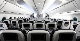 747 Dreamliner Interior Why I Tell People To Avoid Flying On A 787 Runway Girlrunway