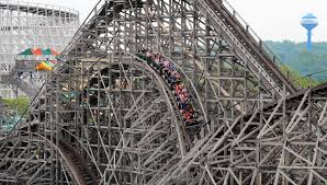 Viper Roller Coaster Six Flags Guinness To Recognize Great America For Its Record Length Of