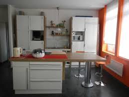 idee cuisine en l beau modele cuisine avec ilot central table et ilot central table
