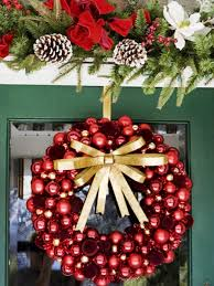 10 diy christmas wreaths hgtv