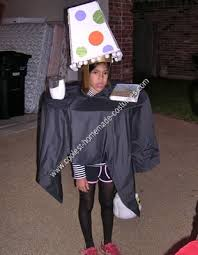coolest homemade table and lampshade halloween costume idea