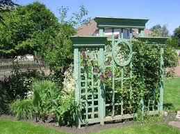 Backyard Privacy Screens Trellis Best 25 White Trellis Ideas On Pinterest Trellis Ideas Living