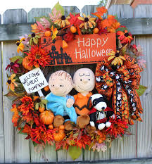 Fall Halloween Wreaths by Irish U0027s Wreaths Where The Difference Is In The Details Snoopy