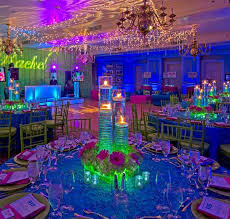 sweet 16 party decorations fluorescente ideas buscar con fiestas ideas