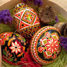 Decorating Easter Eggs Into Animals by Easter Egg Art That Turns Ordinary Eggs Into Eggs Traordinary Art