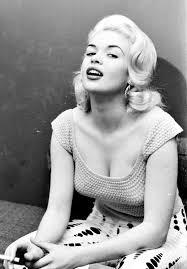 Jane Mansfield Jayne Mansfield Smoking 3 24 Femmes Per Second