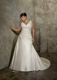 shopping for plus size wedding dresses styles u0026 sizing guide