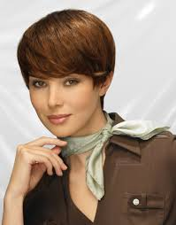 hair styles for small necks smooth short hair and a neck scarf