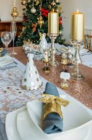 gold christmas table runner 9 best gold glamour christmas table decoration set by styleboxe