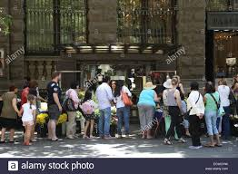 siege social translation martin place sydney australia 20 december 2014 queue