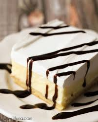 check out cream puff cake it u0027s so easy to make cream puff cakes