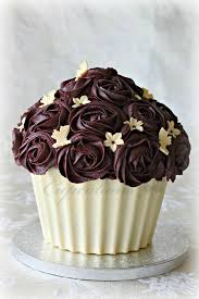 Easy Giant Cupcake Decorating Ideas 70 Best Giant Cupcake Images On Pinterest Big Cupcake Giant