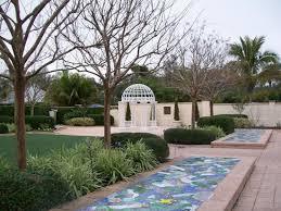 Largo Botanical Garden Cupid Topiary In Wedding Garden Picture Of Florida Botanical