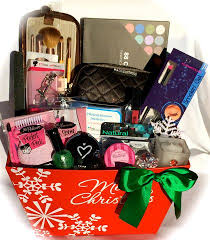 makeup gift baskets makeup christmas gifts learntoride co