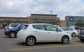 nissan leaf long term review 2011 nissan leaf range anxiety for no reason automobile magazine