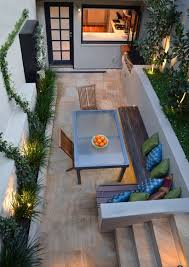 Decorating A Small Apartment Balcony by Best 25 Small Patio Decorating Ideas On Pinterest Apartment