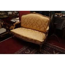 canap style louis xv salon en bois dore de style louis xv comprenant un canape et