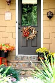 fall door decorations urbancreatives