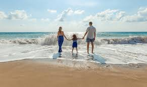 how to take cheap family vacations during peak travel times club