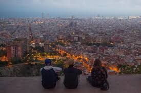 barcelona u0027s war on tourists u2013 politico