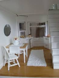 Shabby Chic Dollhouse by 27 Best Kitchen Dollhouse Miniatures Images On Pinterest