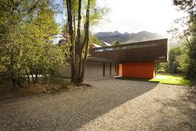Cantilever Home by Cantilever House Imbue Design