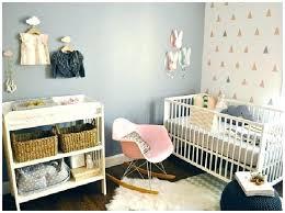 bebe dans chambre des parents lit bebe chambre parents awesome bebe chambre des parents pour