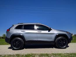 jeep cherokee trailhawk custom bought a new trailhawk time for summer camping trailing