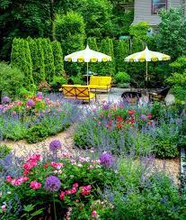 Garden Shrubs Ideas Structuring Shrubs And Trees In The Garden Plant Selection